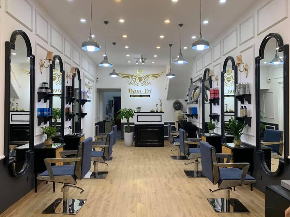 Salon tóc trang trí điệu cách