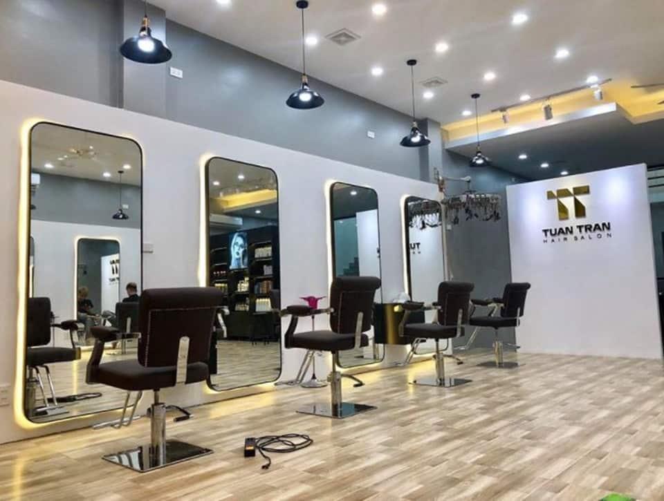 Salon tóc trang trí đơn giản