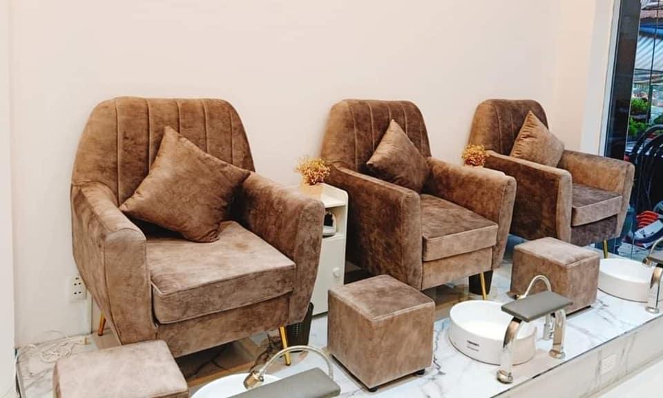 bàn ghế làm nails tại hcm